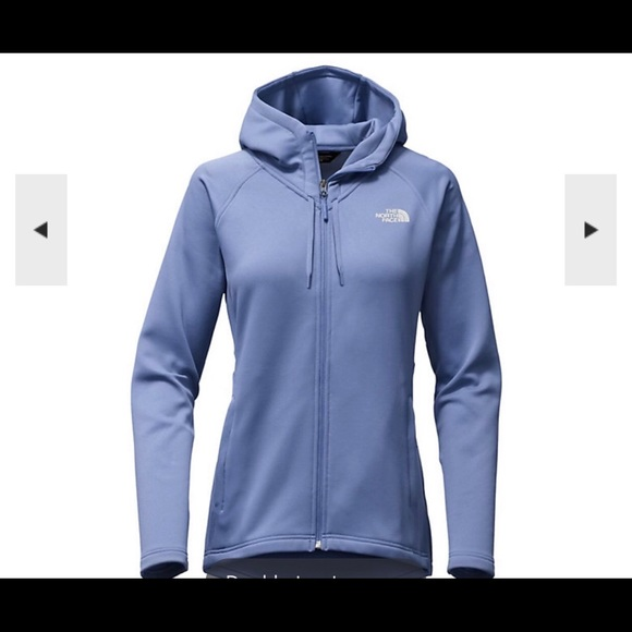 03368135a The North Face Women's Momentum Hoodie 💙🧣🧤 NWT